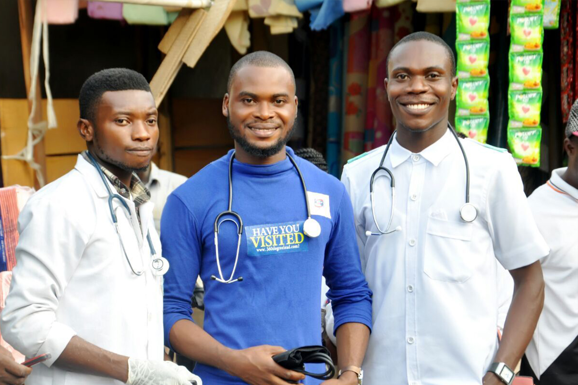 Victor Eze with members of 360degreeHEALTH NETwork Nigeria
